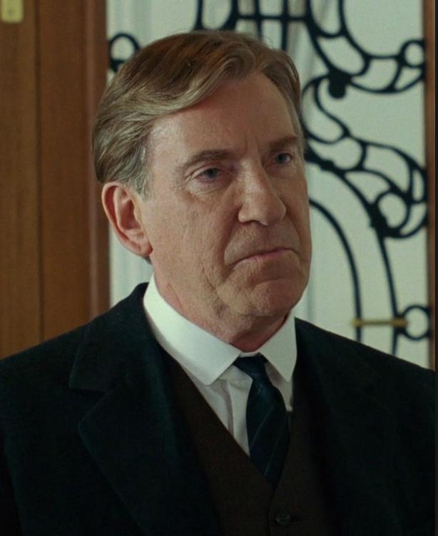 Spicer Lovejoy in una scena di Titanic