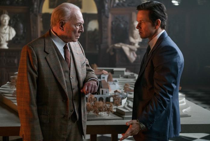 Christopher Plummer e Mark Wahlberg in una scena del film