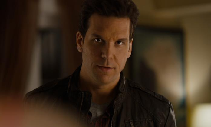Dane Cook nel film del 2011 Answers to Nothing