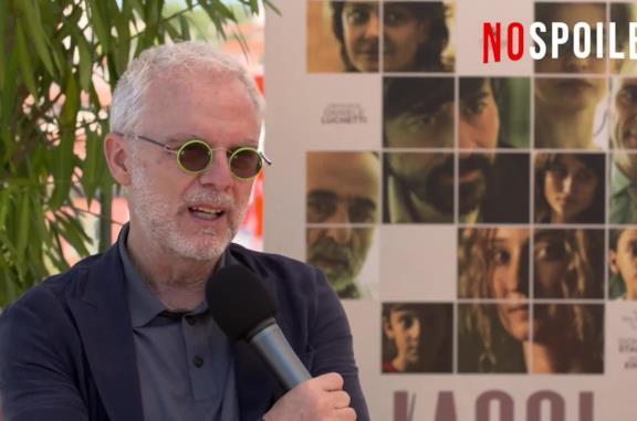 Voglio essere ancora più contento: Daniele Luchetti apre Venezia 77 e racconta Lacci