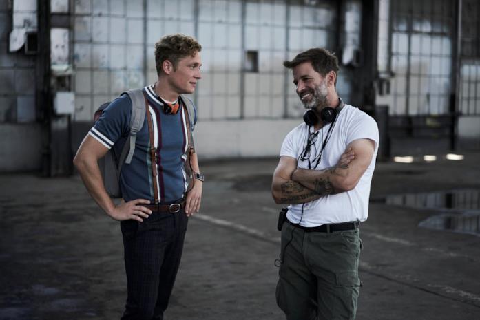 Matthias Schweighöfer a colloquio con il regista Zack Snyder