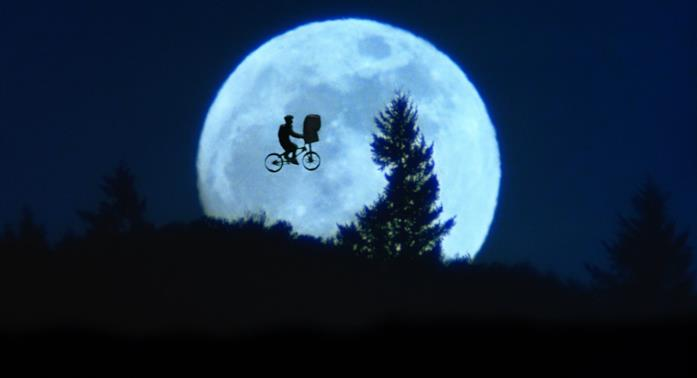 La scena della luna in E.T. L'Extraterrestre