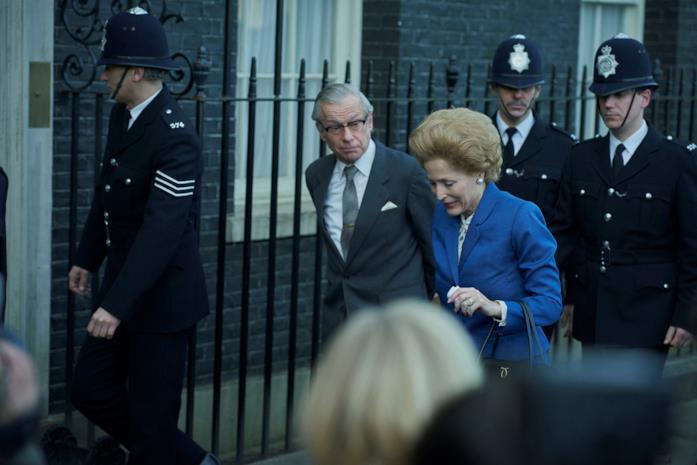 La Thatcher che cammina