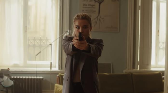 Florence Pugh in una scena del film Black Widow
