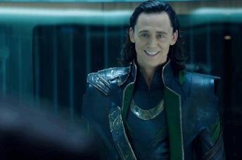 Tom Hiddleston nelle vesti di Loki