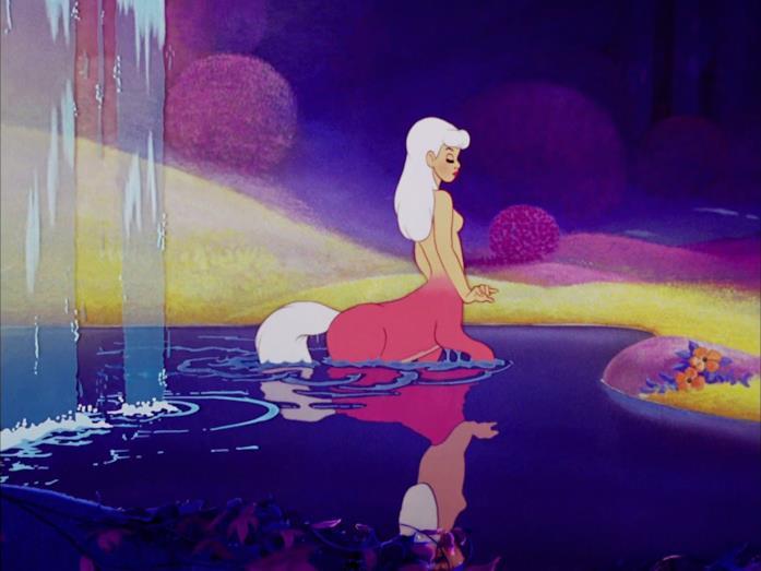 Centauretta termina il bagno alla fonte in Fantasia