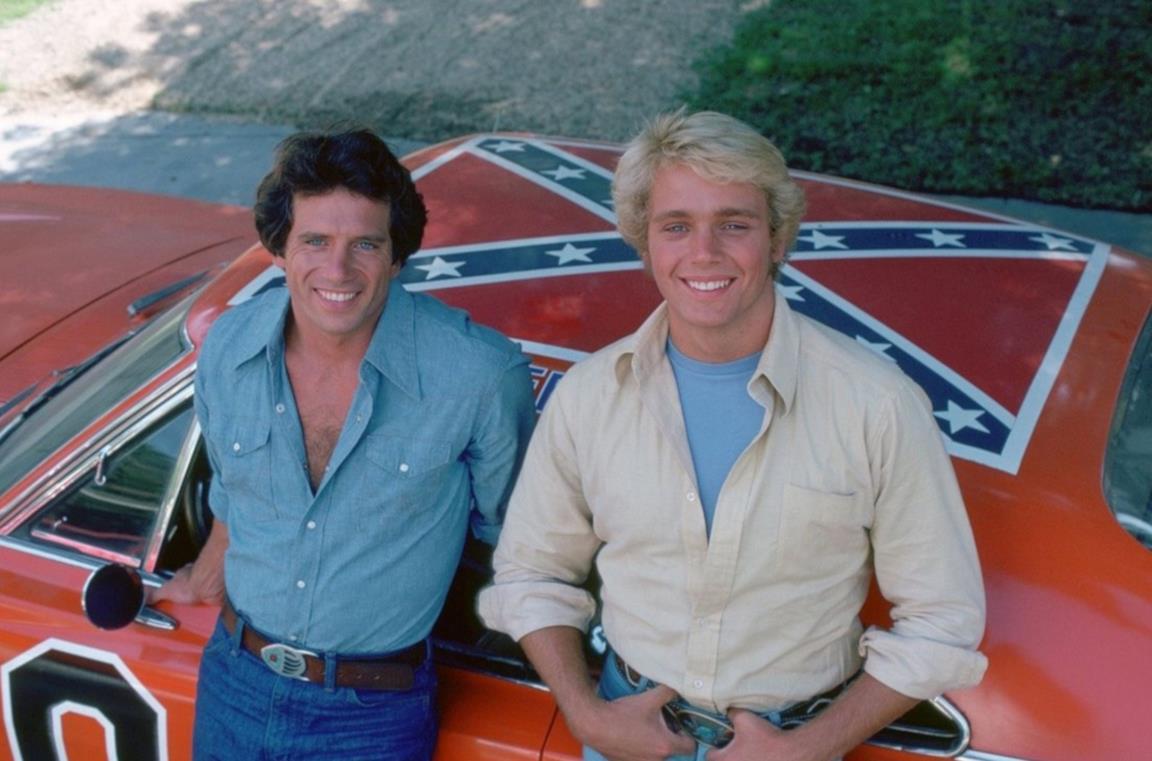 Bo e Luke Duke, protagonisti della serie-cult Hazzard