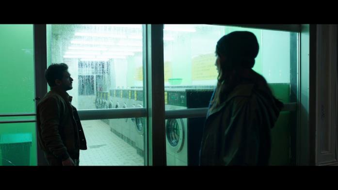 Kit Harington e Gemma Chan in una scena di Eternals