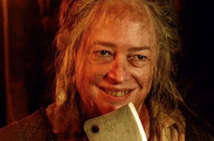 L'attrice Kathy Bates nella serie American Horror Story
