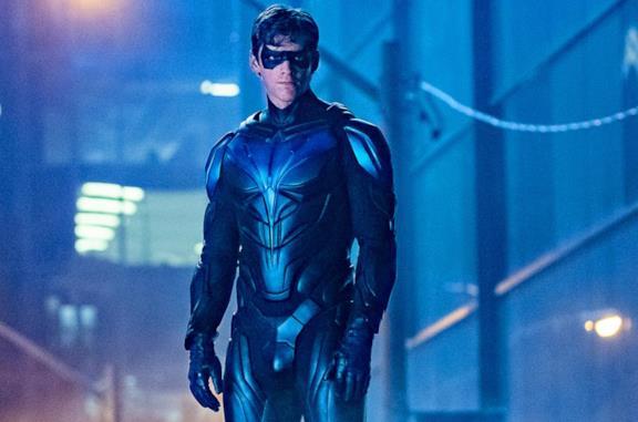 Titans 3: da Cappuccio Rosso a Batgirl, le novità sugli episodi in arrivo