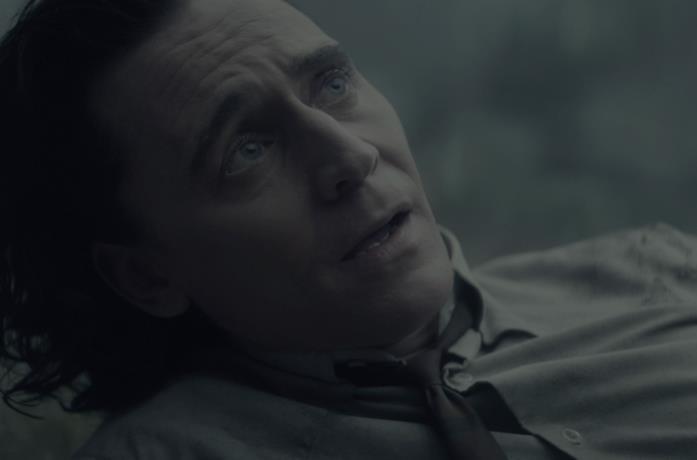 Loki ri risveglia dopo essere stato eliminato dalla TVA