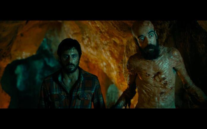 Javier Botet interpreta il deforme Lusimi