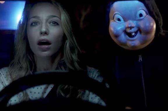Jessica Rothe in una scena del film