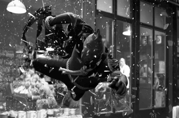 Un'immagine di Giustizia Mascherata nel sesto episodio di Watchmen