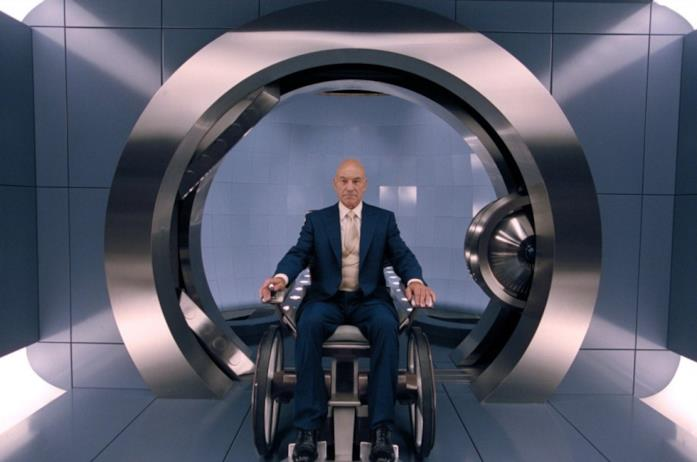 Patrick Stuart nei panni di Professor X in X-Men 2