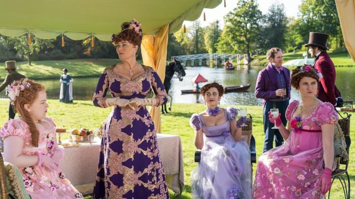 Una scena di Bridgerton con le donne