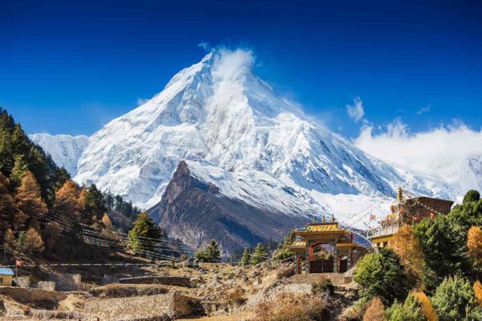 Un paesaggio di montagna