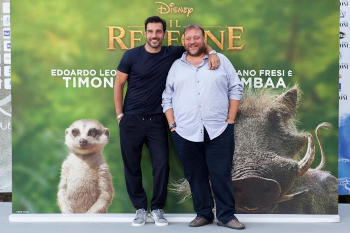 I due doppiatori italiani di Timon e Pumbaa ne Il Re Leone