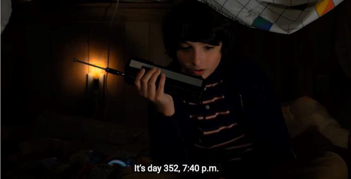 La scena di Mike con il walkie talkie nella seconda stagione