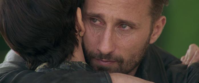 Booker abbraccia Andy dicendole addio