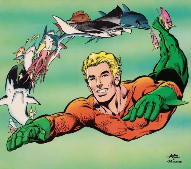 Disegno di Aquaman mentre nuota seguito da molti pesci