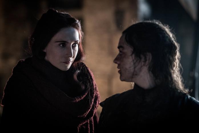Carice van Houten e Maisie Williams in Game of Thrones 8x03