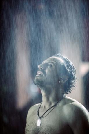 Riko-Accorsi sotto la pioggia in Made in Italy