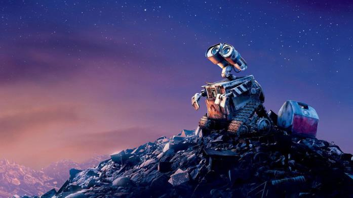 WALL•E in cima a una montagna di rifiuti