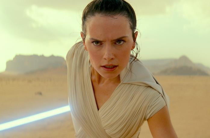 Un'immagine di Rey tratta da Star Wars: L'Ascesa di Skywalker