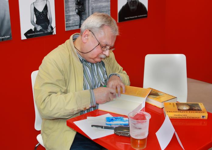 Andrzej Sapkowski a una fiera letteraria a Praga, nel 2010