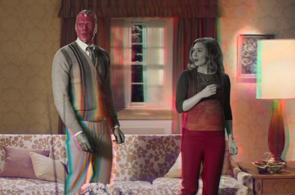Visione (sinistra) e Wanda (destra) in una scena del trailer di WandaVision