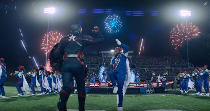 U.S. Agent (di spalle) nel teaser Big Game di Disney+