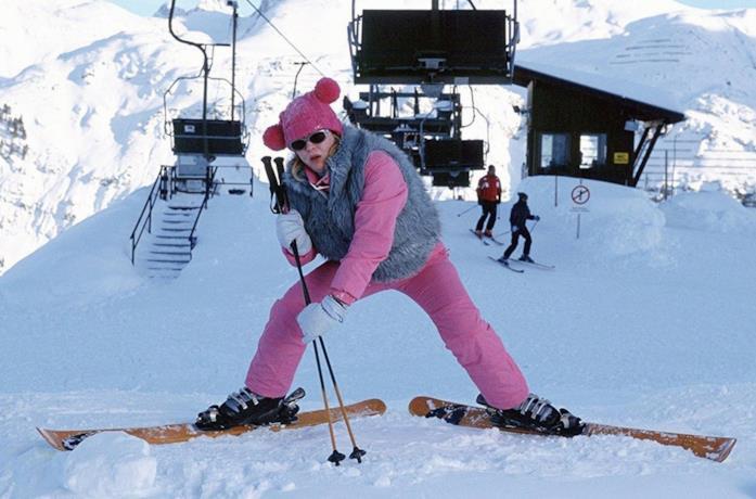 Bridget Jones che scivola sulla neve