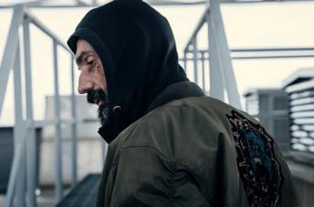 La Belva: il trailer del dramma d'azione con Fabrizio Gifuni