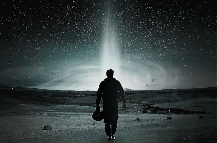 Il buco nero Gargantua e l'astronave Endurance