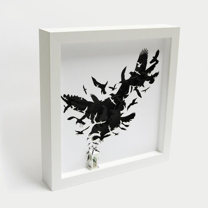 Il quadro che omaggia Gli uccelli di Hitchcock