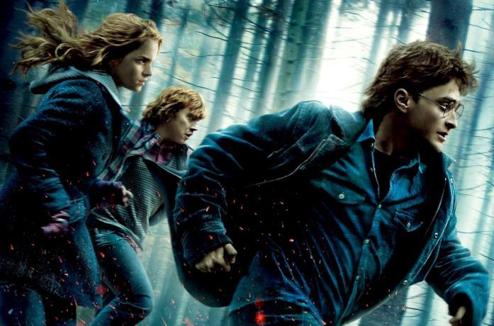 Harry, Ron e Hermione in una scena del settimo film