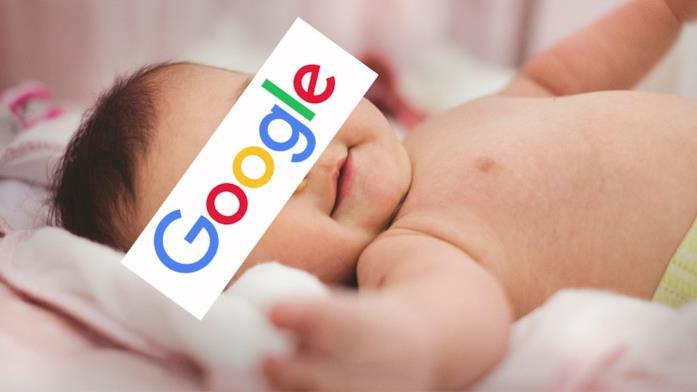 Il piccolo Google in compagnia di suo papà