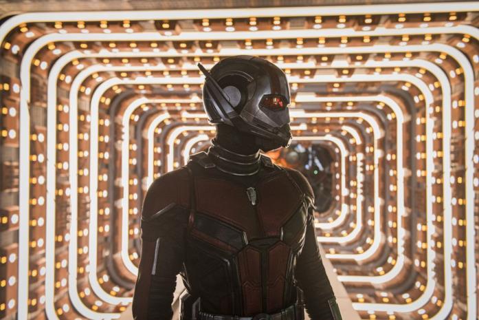 Ant-man rimane incastrato nel regno quantico