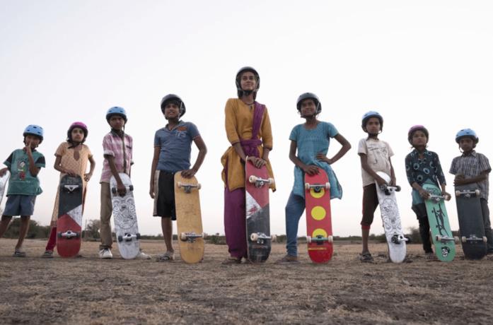 Skater Girl, il film Netflix ambientato in India che racconta l'amore per  lo skateboard