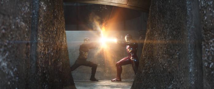 Captain America e Iron Man si danno battaglia in Captain America: Civil War