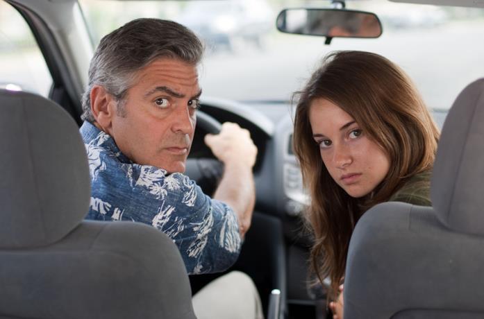 George Clooney e Shailene Woodley in una scena del film Paradiso amaro