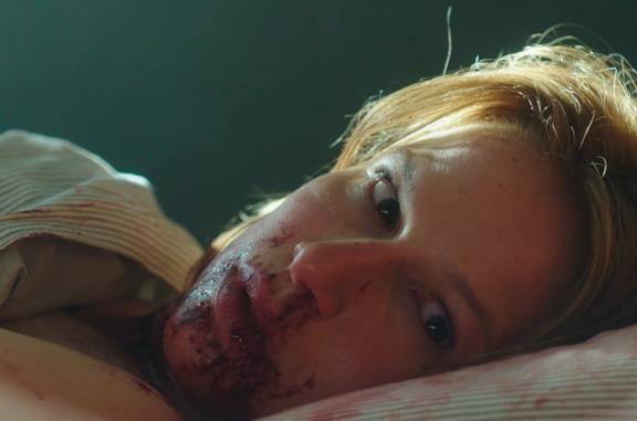 Kathrine Thorborg Johansen in una scena della serie Post Mortem - Nessuno muore a Skarnes