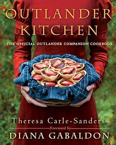 Outlander Kitchen: The Official Outlander Companion Cookbook [Lingua Inglese]