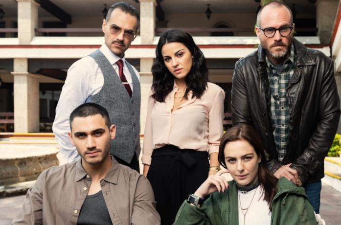 Il cast della serie messicana Oscuro desiderio