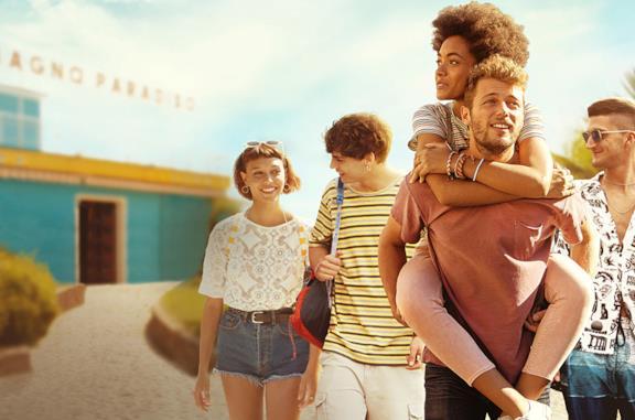 Il cast della serie Summertime