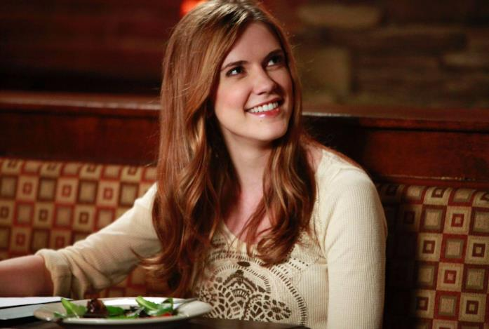 Jenna, interpretata da Sara Canning, in un'immagine di The Vampire Diaries