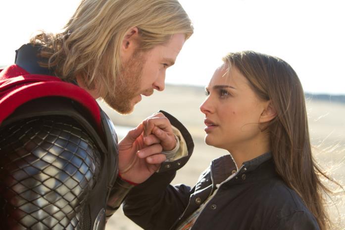 Thor promette a Jane che farà ritorno sulla Terra