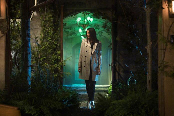 Laysla De Oliveira in una scena della serie
