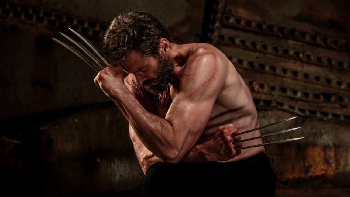 Wolverine si protegge con i suoi artigli
